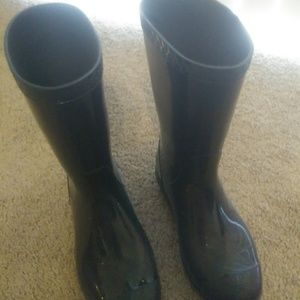 Boots for rain